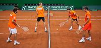 16-9-09, Netherlands,  Maastricht, Tennis, Daviscup Netherlands-France, Training, veel plezier tijdens de training, v.l.n.tr.: Robin Haase, Thiemo de Bakker, Jesse Huta Galung en Igor Sijsling