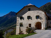 Guarda bei Scuol, Unterengadin, Graub&uuml;nden, Schweiz, Europa<br /> house in Guarda, Scuol, Engadine, Grisons, Switzerland