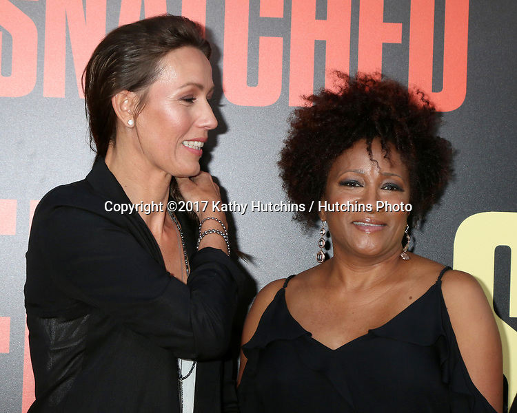 """LOS ANGELES - MAY 10:  Alex Sykes, Wanda Sykes at the """"Snatched"""" World Premiere at the Village Theater on May 10, 2017 in Westwood, CA"""