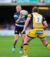 Tom Homer of Bath Rugby in possession. Aviva Premiership match, between Bath Rugby and Worcester Warriors on September 17, 2016 at the Recreation Ground in Bath, England. Photo by: Patrick Khachfe / Onside Images