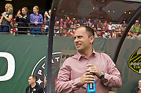 Portland, OR - Sunday, May 29, 2016: Portland Thorns FC head coach Mark Parsons. The Portland Thorns FC and the Seattle Reign FC played to a 0-0 tie during a regular season National Women's Soccer League (NWSL) match at Providence Park.