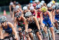 15 AUG 2009 - LONDON, GBR - Hollie Avil - ITU World Championship Series Womens Triathlon (PHOTO (C) NIGEL FARROW)