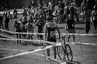 unlucky Hugo Robinson (GBR/Neon Velo/U23) walking back to the pits as he just broke his chain<br /> <br /> Cross Vegas 2014