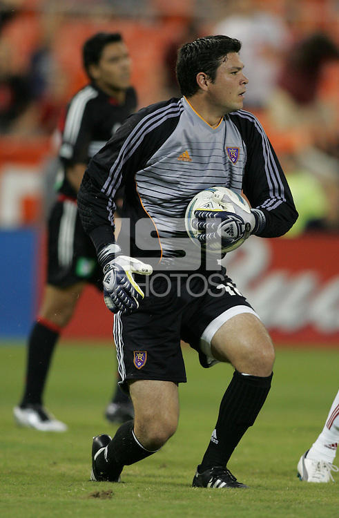 August 31, 2005: Washington, DC, USA:  .Real Salt Lake goalkeeper Jay Nolly (18) tells his defense to push out while playing DC United at RFK Stadium  (c) Copyright 2005 Brad Smith.