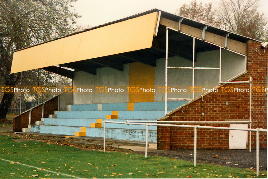 Kidbrooke Lane, home of Thames Polytechnic FC (London), pictured circa 1990 - Gavin Ellis/TGSPHOTO - Self billing applies where appropriate - 0845 094 6026 - contact@tgsphoto.co.uk - NO UNPAID USE..