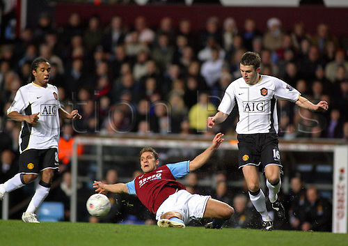 5 January 2008: Aston Villa midfielder Stiliyan Petrov wins the ball during the FA Cup 3rd Round game between Aston Villa and Manchester United played at Villa Park. The game finished 0-2 to Man Utd. Photo: actionplus...football soccer 080105 player
