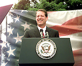 Carthage, TN - June 16, 1999 -- United States Vice President Al Gore announces his candidacy for the 2000 Democratic nomination for President of the United States from the courthouse in Carthage, Tennessee on Wednesday, June 16, 1999..Credit: Ron Sachs / CNP