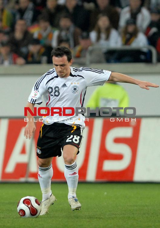 Freundschaftsspiel Vorbereitung EM 2007 <br /> <br /> Deutschland (GER) - Daenemark (DEN) 0 - 1<br /> <br /> Piotr Trochowski (GER)<br /> <br /> Foto &copy; nph (  nordphoto  )  *** Local Caption ***