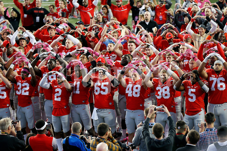 Ohio State Buckeyes sing Carmen Ohio following the NCAA football game against the Indiana Hoosiers at Ohio Stadium in Columbus on Oct. 8, 2016. Ohio State won 38-17. (Adam Cairns / The Columbus Dispatch)