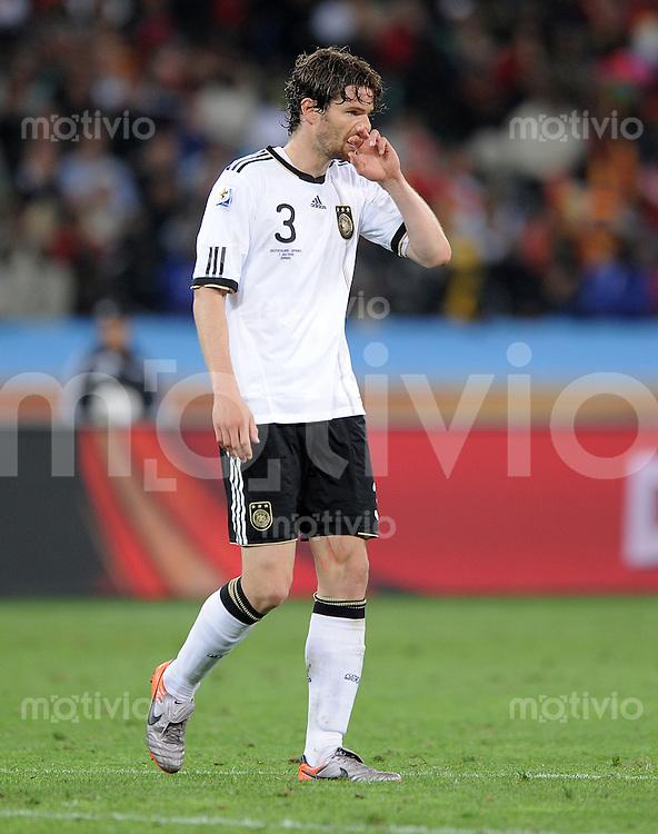 FUSSBALL WM 2010    HALBFINALE   07.07.2010 Deutschland - Spanien Arne FRIEDRICH (Deutschland)