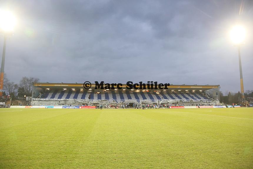 Choreographie der Lilien-Fans - SV Darmstadt 98 vs. 1. FC Union Berlin, Stadion am Boellenfalltor