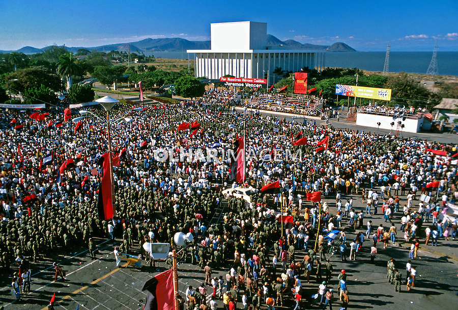 Aniversário da revolução Sandinista. Manágua, Nicarágua. 1981. Foto de Juca Martins.