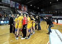 1. Bundesliga Handball Frauen - Punktspiel HC Leipzig (HCL) : DJK / MJC Trier - Arena Leipzig - im Bild: HCL Jubel - Sieg nach Maß - Jubelkreis. Foto: Norman Rembarz ..