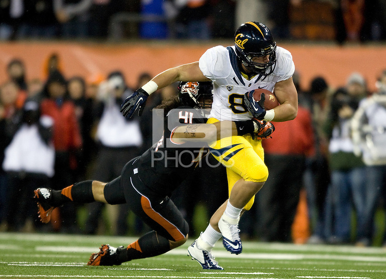 Eric Stevens of California runs the ball during the game against Oregon State Beavers at Reser Stadium in Corvallis, Oregon on November 17th, 2012.  Oregon State defeated California, 62-14.