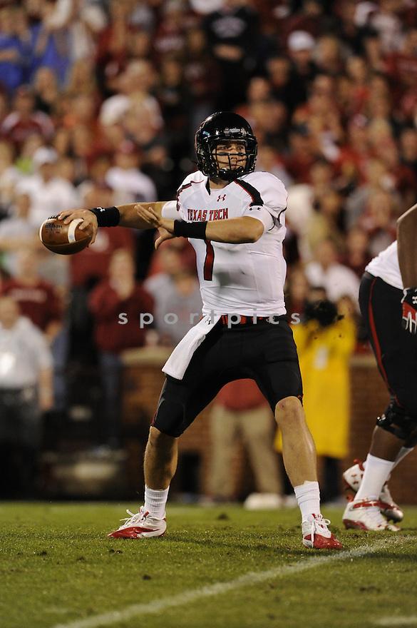 Seth Doege(7) / Texas Tech Red Raiders
