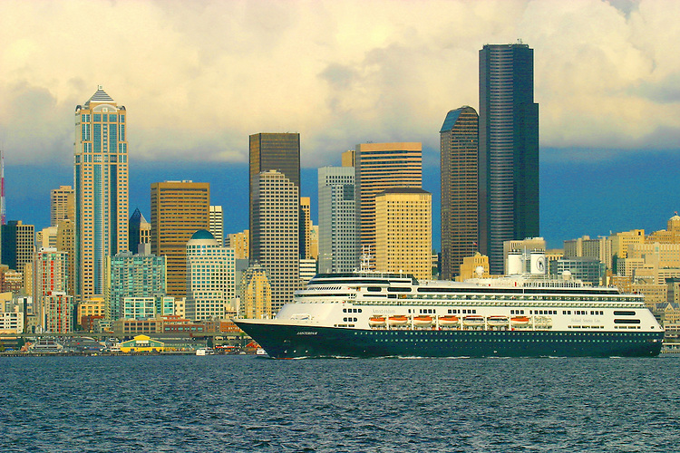 Seattle, Port of Seattle, waterfront, Cruise ships bound for Alaska, skyline,