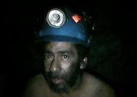 The team trying to rescue 33 miners trapped inside a mine in Copiapo, North of Chile, since August 5th got to send 700 meters underground a tiny camera used by the survivors to send pictures of themselves.