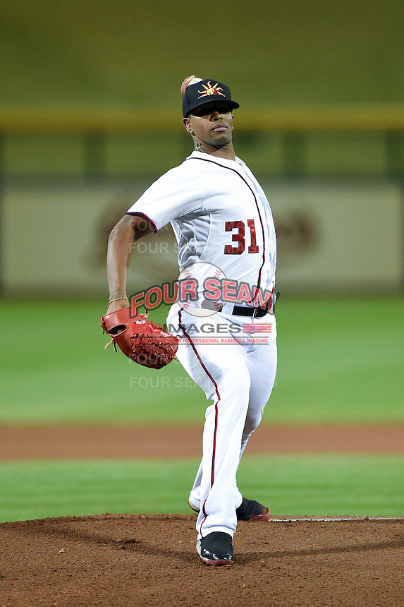 Mesa Solar Sox pitcher Felipe Rivero (31) during an Arizona Fall League game against the Salt River Rafters on October 18, 2014 at Cubs Park in Mesa, Arizona.  Mesa defeated Salt River 8-4.  (Mike Janes/Four Seam Images)