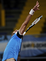 BOGOTA-COLOMBIA, 06-03-2020: Leandro Mayer de Argentina, sirve a Daniel Galan de Colombia, durante partidos de los enfrentamientos para Las clasificatorias Copa Davis by Rakuten 2020 entre Colombia y Argentina en el Palacio de los Deportes en la ciudad de Bogota. / Leandro Mayer from Argentina, serves to Daniel Galan from Colombia during matches of the clashes for the Davis Cup by Rakuten 2020 qualifiers between Colombia and Argentina at the Palacio de los Deportes in Bogota city. / Photo: VizzorImage / Luis Ramirez / Staff.