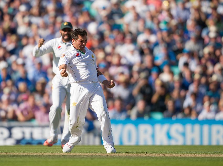 Pakistan's Yasir Shah celebrates taking the wicket of England's Alex Hales - Alex Hales lbw Yasir Shah 12<br /> <br /> Photographer Ashley Western/CameraSport<br /> <br /> International Cricket - 4th Investec Test - England v Pakistan - Day 3 - Saturday 13th August 2016 - The Oval - London<br /> <br /> World Copyright &copy; 2016 CameraSport. All rights reserved. 43 Linden Ave. Countesthorpe. Leicester. England. LE8 5PG - Tel: +44 (0) 116 277 4147 - admin@camerasport.com - www.camerasport.com