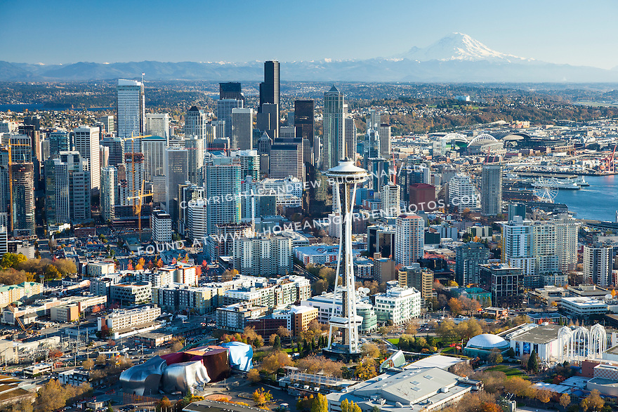 Aerial photo of Space Needle and Seattle skyline with Mount Rainier in the background