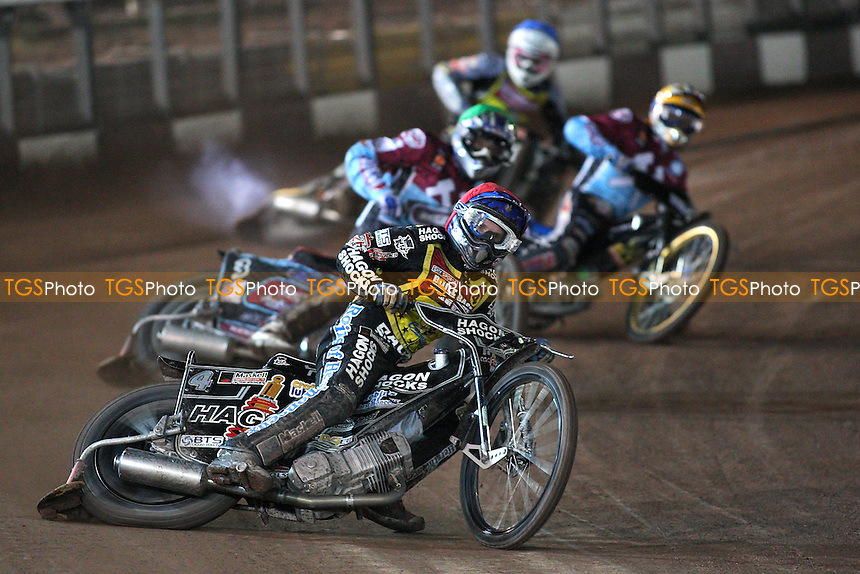 Heat 7: Kennett (red) ahead of Nieminen (green), Davidsson and Wells - Coventry Bees vs Lakeside Hammers - Elite League Speedway Knockout Cup Final 2nd Leg at Brandon Stadium - 23/10/09 - MANDATORY CREDIT: Gavin Ellis/TGSPHOTO - Self billing applies where appropriate - Tel: 0845 094 6026