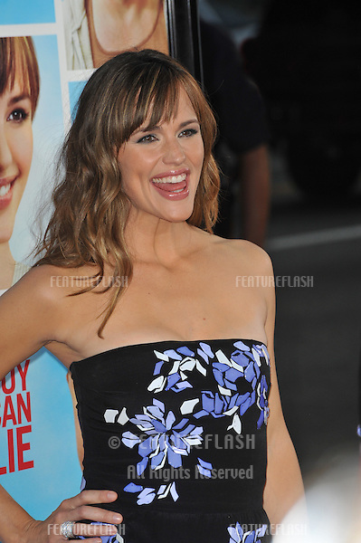 "Jennifer Garner at the U.S. premiere of her new movie ""The Invention on Lying"" at Grauman's Chinese Theatre, Hollywood..September 21, 2009  Los Angeles, CA.Picture: Paul Smith / Featureflash"