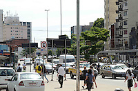 SÃO PAULO, SP, 13 DE JANEIRO DE 2012 - TRANSITO ÚLTIMO DIA RODÍZIO - Trânsito na região da Avenida Paulista, no último dia de rodízio, na tarde desta sexta-feira,13. FOTO: ALEXANDRE MOREIRA - NEWS FREE.