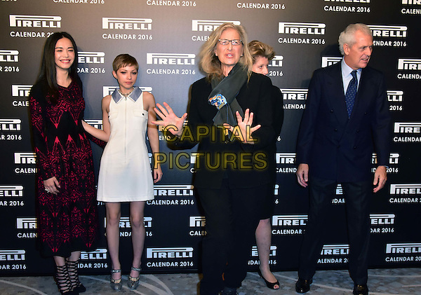 LONDON, ENGLAND - NOVEMBER 30: Yao Chen, Tavi Gevinson, Annie Leibovitz, Agnes Gund, Marco Tronchetti at a photocall for the launch of the 2016 Pirelli calendar in London on November 30, 2015<br /> CAP/JOR<br /> &copy;JOR/Capital Pictures