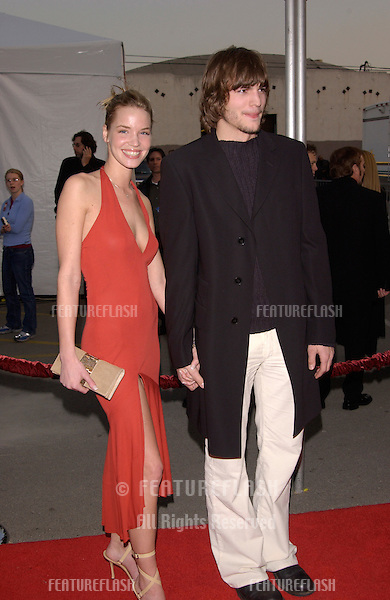 Actress ASHLEY SCOTT & actor ASHTON KUTCHER at the American Music Awards in Los Angeles..09JAN2002.  © Paul Smith/Featureflash