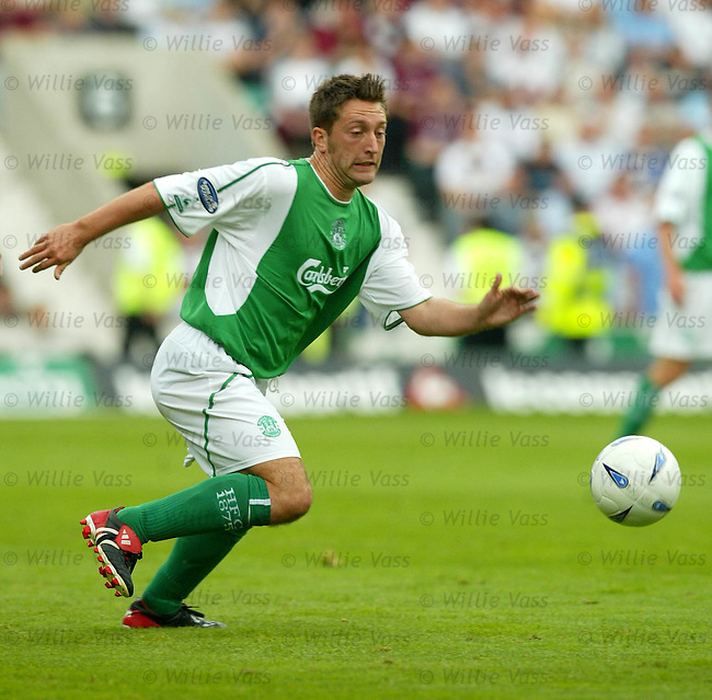 Stephen Dobbie, Hibs.stock season 2003-04..pic willie vass