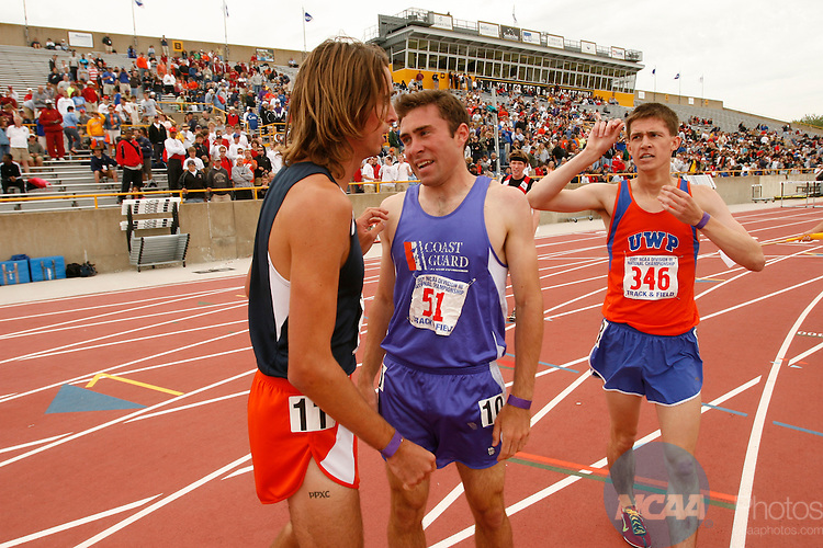 26 MAY 2007:  Athletes compete during the Division III Men's and Women's Outdoor Track and Field Championship held at JJ Keller Field at Titan Stadium in Oshkosh, WI.   Allen Fredrickson/NCAA Photos