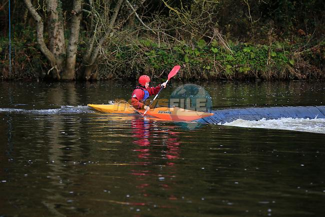 Paul Kirwan members of the Silver bridge kayak club at stackallen Weir<br /> Picture: Fran Caffrey www.newsfile.ie