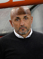 Calcio, Serie A: Roma vs Bologna. Roma, stadio Olimpico, 11 aprile 2016.<br /> Roma&rsquo;s coach Luciano Spalletti waits or the start of the Italian Serie A football match between Roma and Bologna at Rome's Olympic stadium, 11 April 2016.<br /> UPDATE IMAGES PRESS/Isabella Bonotto