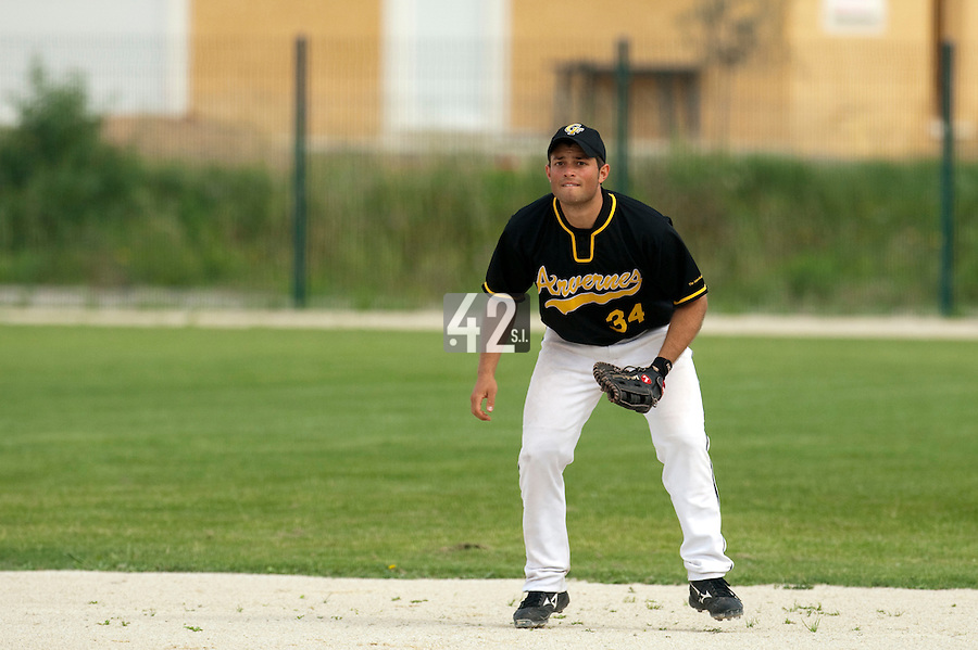 21 May 2009: Brice Lorienne of Clermont-Ferrand is seen at first base during the 2009 challenge de France, a tournament with the best French baseball teams - all eight elite league clubs - to determine a spot in the European Cup next year, at Montpellier, France.