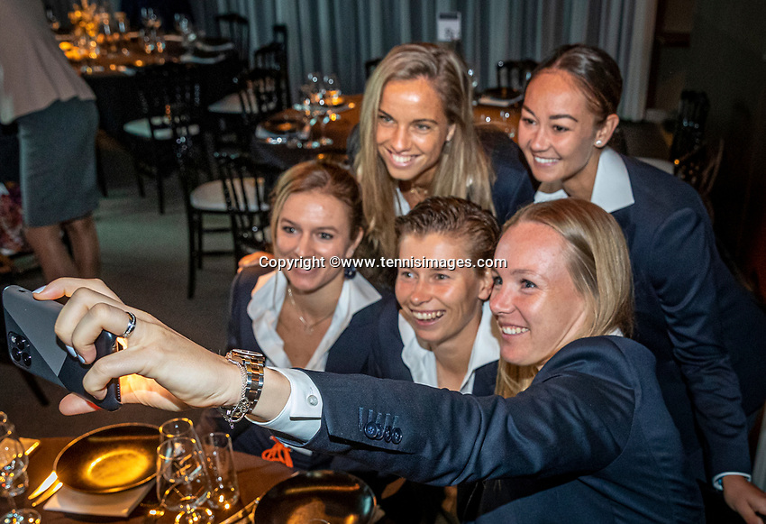 The Hague, The Netherlands, Februari 5, 2020,    Penthouse, FedCup  Netherlands -  Balarus, Official Dinner,  Dutch team making a selfie<br /> Photo: Tennisimages/Henk Koster