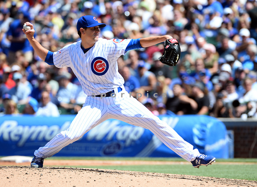 Chicago Cubs Kyle Hendricks (28) during a game against the Los Angeles Dodgers on June 2, 2016 at Wrigley Field in Chicago, IL. The Cubs beat the Dodgers 7-2.
