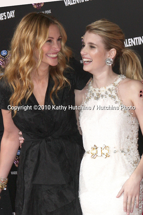 Julia Roberts, Emma Roberts.arrivng at the Valentine's Day World Premiere.Grauman's Chinese Theater.Los Angeles, CA.February 8, 2010.©2010 Kathy Hutchins / Hutchins Photo....