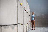 US-Praesident Tochter Malia  am Mittwoch (19.06.13) beim Gedenkstätte Berliner Mauer in Berlin. Foto: Maja Hitij/Commonlens