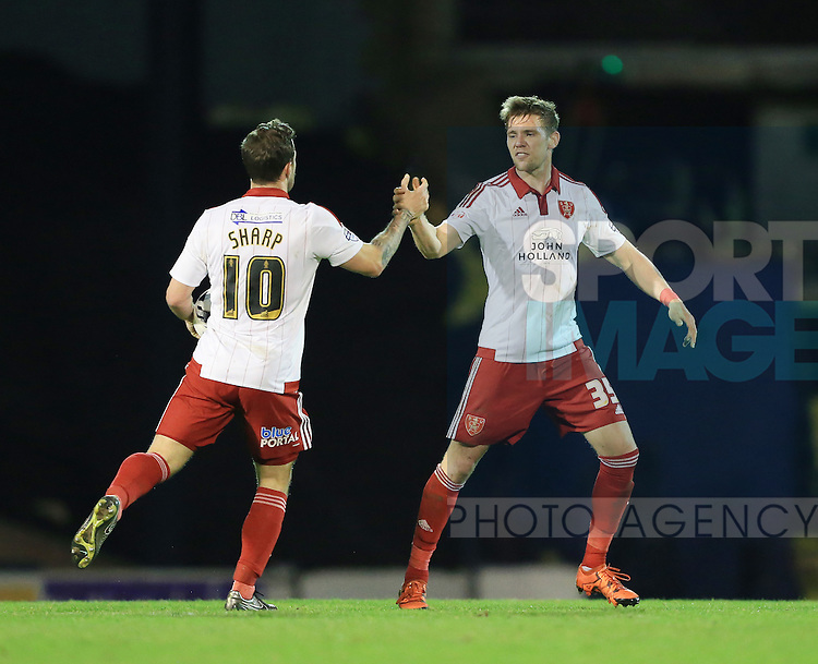 Sheffield United's Dean Hammond celebrates scoring his sides opening goal during the League One match at Roots Hall Stadium.  Photo credit should read: David Klein/Sportimage