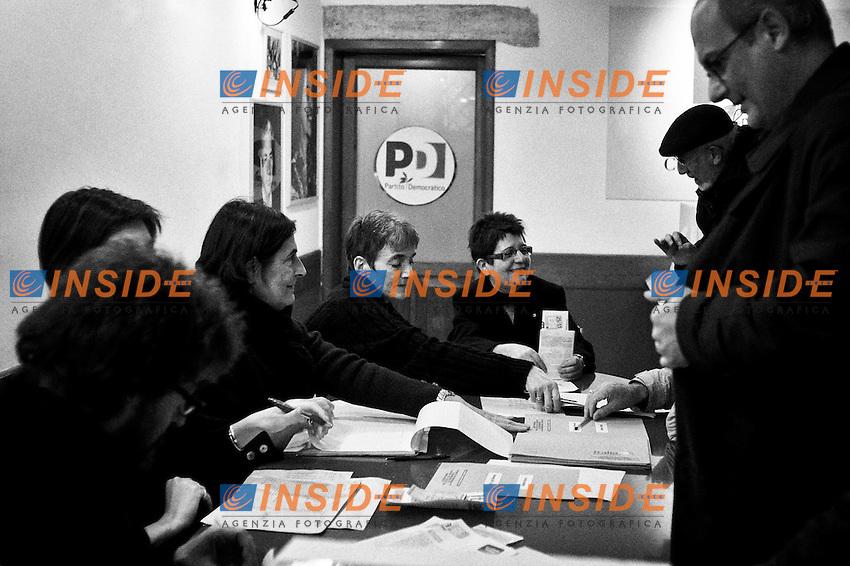 La sede storica del PCI nel centro storico di Roma..Roma 2/12/2012 via de Giubbonari. Ballottaggio delle primarie del centrosinistra.  .foto Christian Mantuano Insidefoto