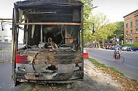- Milano, furgone bar davanti all'universit&agrave; di Citt&agrave; Studi distrutto da un incendio doloso la notte del 19 luglio 2012 perch&eacute; il proprietario si era rifiutato di pagare il &quot;pizzo&quot; ed ha testimoniato contro la cosca mafiosa calabrese dei &quot;Flachi&quot;<br /> <br /> - Milan, van bar in front of City University destroyed by arson on the night of July 19, 2012 because the owner had refused to pay &quot;protection money&quot; and witnessed against the calabrian Mafia clan of &quot;Flachi&quot;.