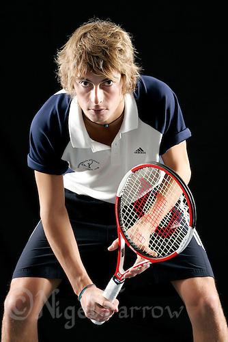 09 NOV 2006 - LOUGHBOROUGH, UK - Tennis player David Culshaw - Studio shoot . (PHOTO (C) NIGEL FARROW)