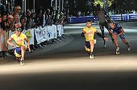 OOSTENDE – BELGICA – 28-08-2013: Sebastian Arce (Izq.),   patinador de Colombia gana medalla de oro en la prueba de los 500 metros sprint en el patinodromo Mundialista Track en Oostende,  Belgica, agosto 28 de 2013. (Foto: VizzorImage / Luis Ramirez / Staff).  Sebastian Arce (L), Colombia skater, wins  the golden medal in the testing of the 500 meters sprint in the Mundialist Track in Oostende, Belgium, August 28, 2013. (Photo: VizzorImage / Luis Ramirez / Staff).