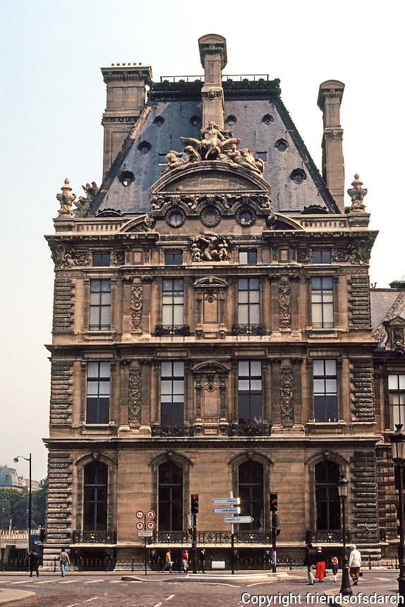 Paris: Louvre--Pavilion de Flore. Henri IV. Photo '90.