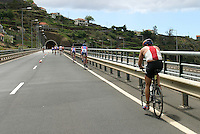 08 MAY 2004 - FUNCHAL, MADEIRA - World Age Group Triathlon Championships. (PHOTO (C) NIGEL FARROW)