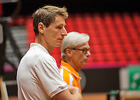 April 15, 2015, Netherlands, Den Bosch, Maaspoort, Fedcup Netherlands-Australia, Training session Dutch team, Captain Paul Haarhuis and coach Martin Bohm (R)<br /> Photo: Tennisimages/Henk Koster