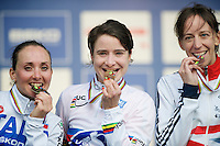 podium Elite Women: 2nd Eva Lechner (ITA), 1st Marianne Vos (NLD) & 3rd Helen Wyman (GBR)<br /> <br /> 2014 UCI cyclo-cross World Championships, Elite Women