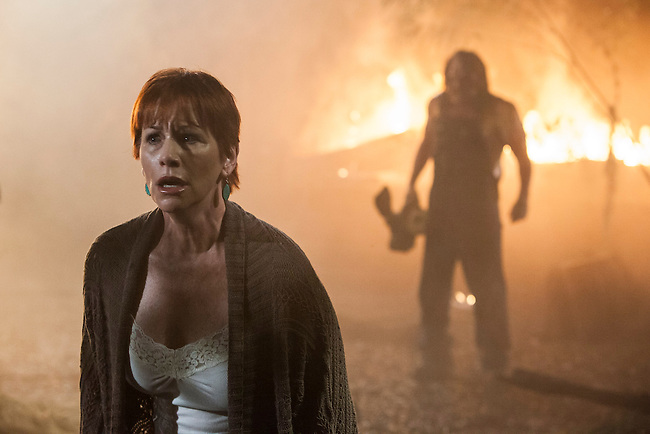 Caroline Williams as Amanda and Kane Hodder as Victor Crowley, the Bayou Butcher, in Hatchet III