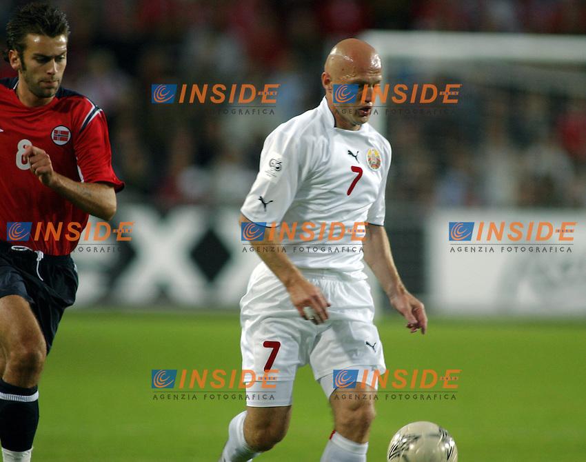 8/9/2004 Qualificazioni Mondiali Norvegia Bielorussia 1-1<br /> Bielorussia<br /> Andrei Lavrik - Amkar Perm<br /> Foto Insidefoto